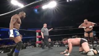 Roh 334 Kenny King Kicks Silas Young