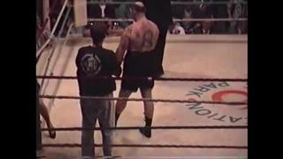 British Bare Knuckle Champ vs Pro Boxer